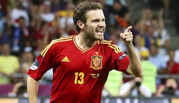 Juan Mata, eterno injustiçado na seleção espanhola, um possível líder para reformulação.